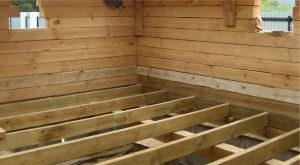 пол из дерева в бане